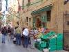 Frutería en las calles de Malta