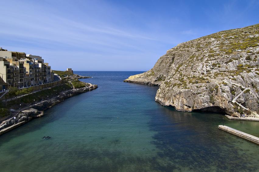 Bucear en Gozo - Xlendi by Clive Vella