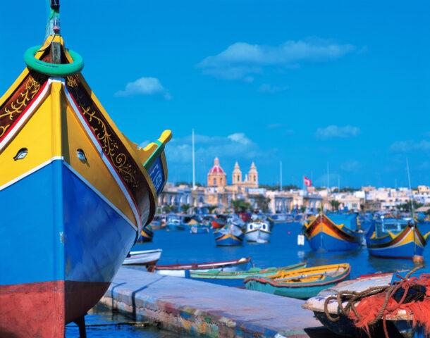 Los colores del luzzu en Malta